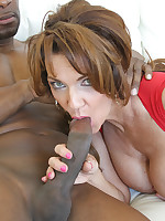 Ariella Ferrera Shares Black Cock with Deauxma